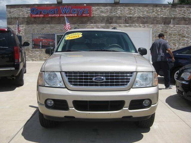 2005 Ford Explorer car for sale in Detroit