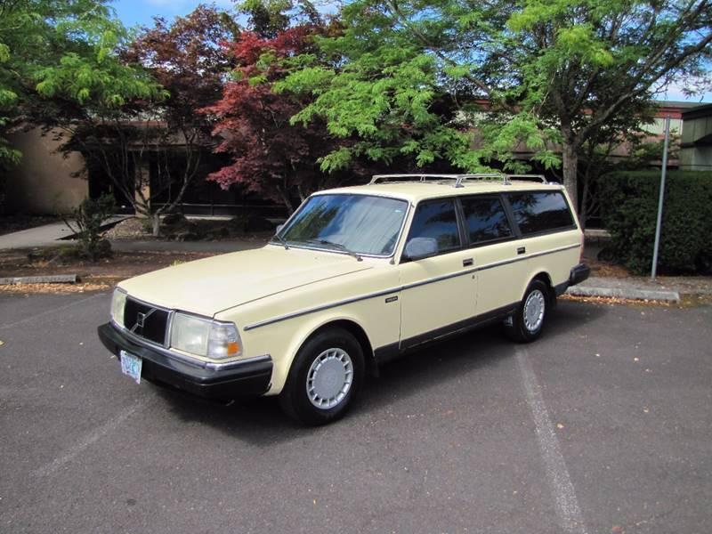 1987 Volvo 240 DL 4dr Wagon - Milwaukie OR