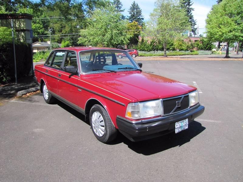 1986 Volvo 240 DL 4dr Sedan - Milwaukie OR