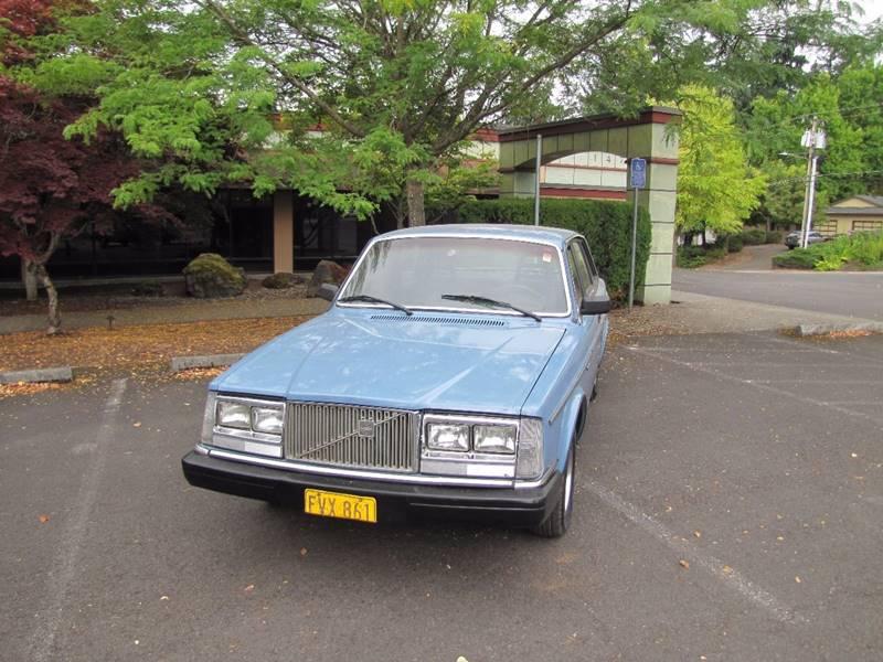 1984 Volvo 240 DL 4dr Sedan - Milwaukie OR