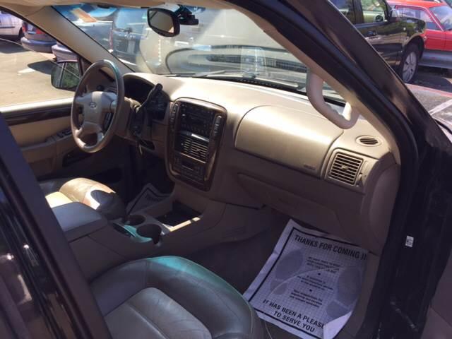 2002 Ford Explorer Eddie Bauer 4WD 4dr SUV - North Haven CT