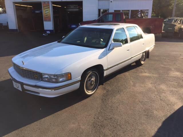 1995 Cadillac DeVille for sale at Vuolo Auto Sales in North Haven CT