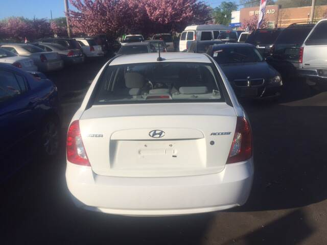 2010 Hyundai Accent GLS 4dr Sedan - North Haven CT