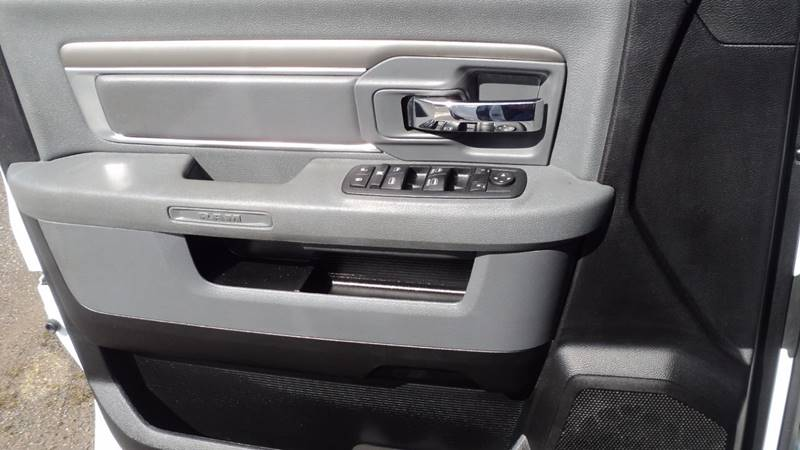 2013 RAM Ram Pickup 1500 4x4 SLT 4dr Quad Cab 6.3 ft. SB Pickup - La Follette TN
