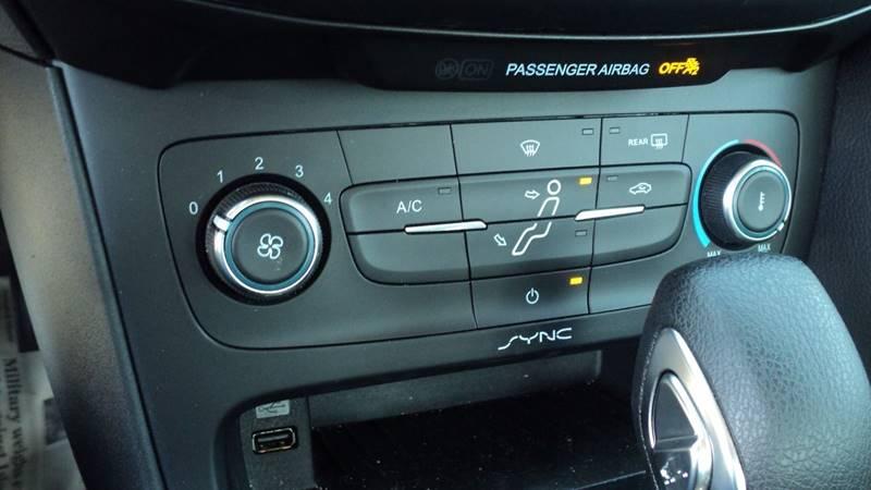 2016 Ford Focus S 4dr Sedan - La Follette TN