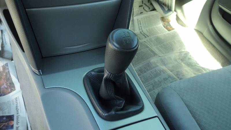 2009 Toyota Camry 4dr Sedan 5M - La Follette TN
