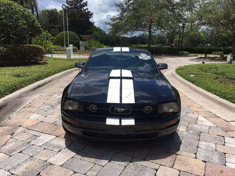2007 Ford Mustang  Car