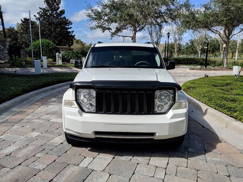 2008 Jeep Liberty  Car