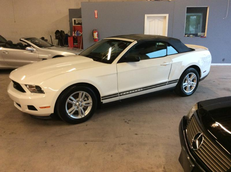 2011 Ford Mustang CONVERTIBLE - Port Richey FL