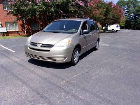 2004 Toyota Sienna for sale at TAR HEEL AUTO SALES OF RALEIGH in Raleigh NC