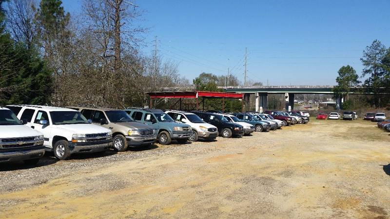 -1 Additional inventory out back Chevy, Ford, Chrysler, ect...  - Dothan AL