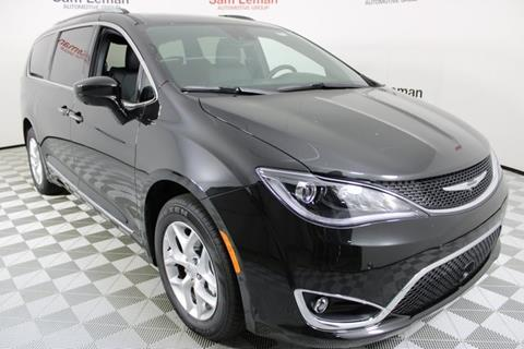 2020 Chrysler Pacifica for sale in Bloomington, IL