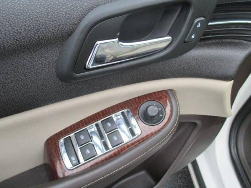 2013 Chevrolet Malibu LT (image 11)