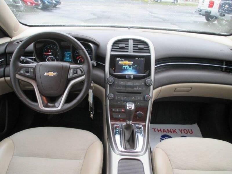 2013 Chevrolet Malibu LT (image 8)