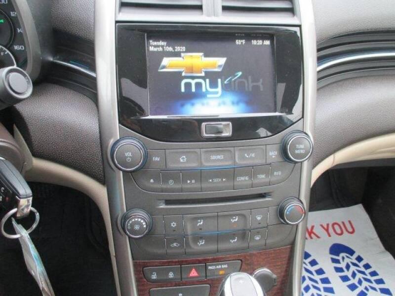 2013 Chevrolet Malibu LT (image 18)