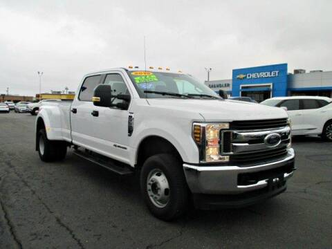 2019 Ford F-350 Super Duty XLT for sale at CHANDLER CHEVROLET in Madison IN