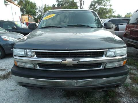 2001 Chevrolet Suburban for sale in Harvey, IL