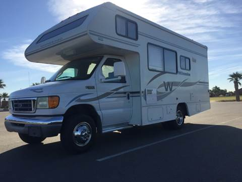2004 Winnebago Minnie M-22R