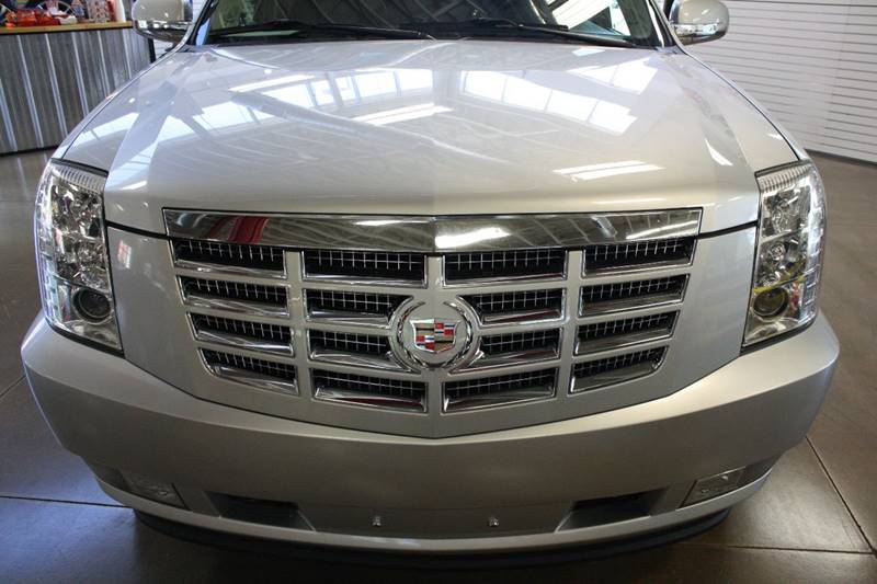 2010 Cadillac Escalade for sale at 608 Motorsports in Madison WI