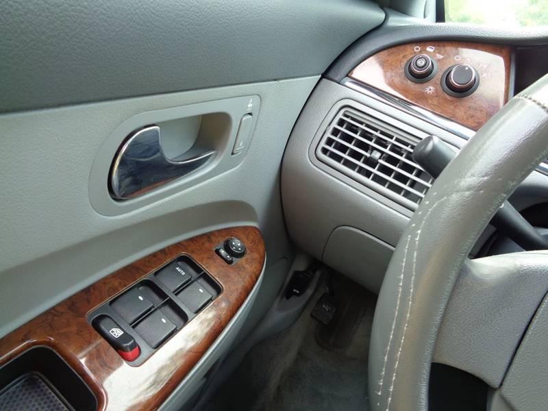 2006 Buick LaCrosse CX 4dr Sedan - North Benton OH