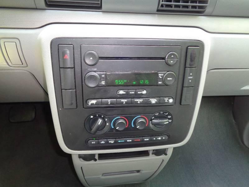 2004 Ford Freestar SES 4dr Mini-Van - North Benton OH