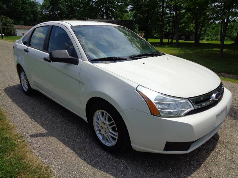 2009 Ford Focus SE 4dr Sedan - North Benton OH