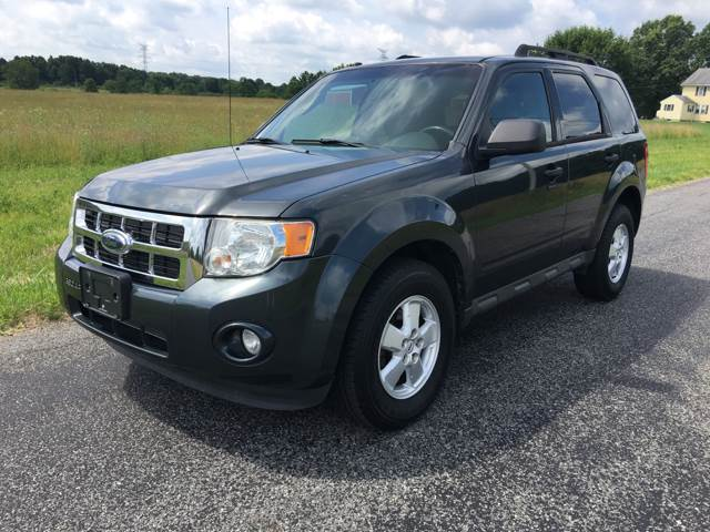 2009 Ford Escape XLT 4dr SUV - North Benton OH