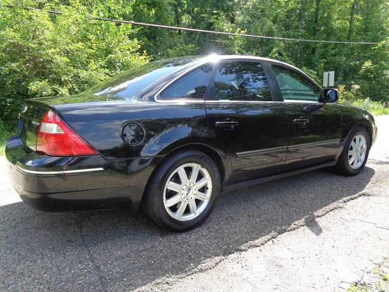 2005 Ford Five Hundred AWD Limited 4dr Sedan - North Benton OH