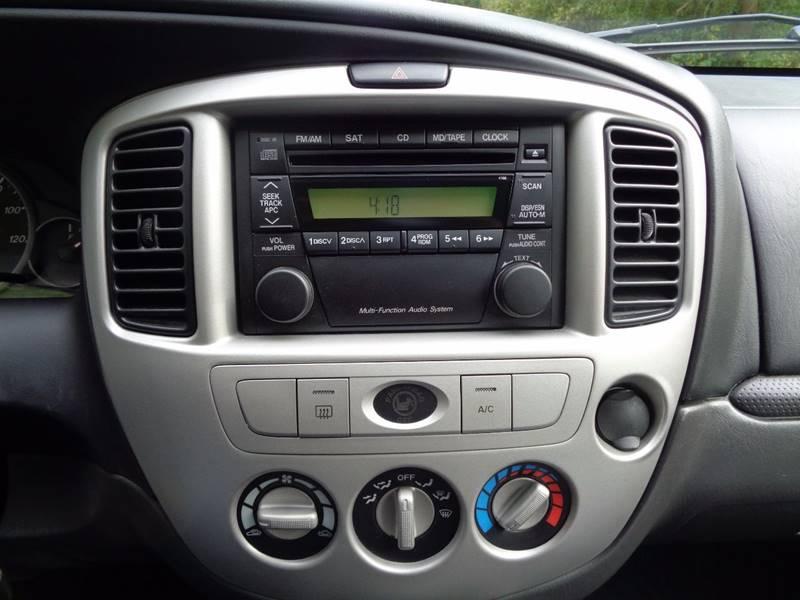 2005 Mazda Tribute i 4dr SUV - North Benton OH