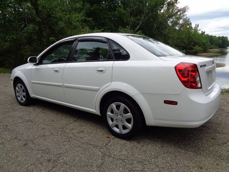2005 Suzuki Forenza S 4dr Sedan - North Benton OH