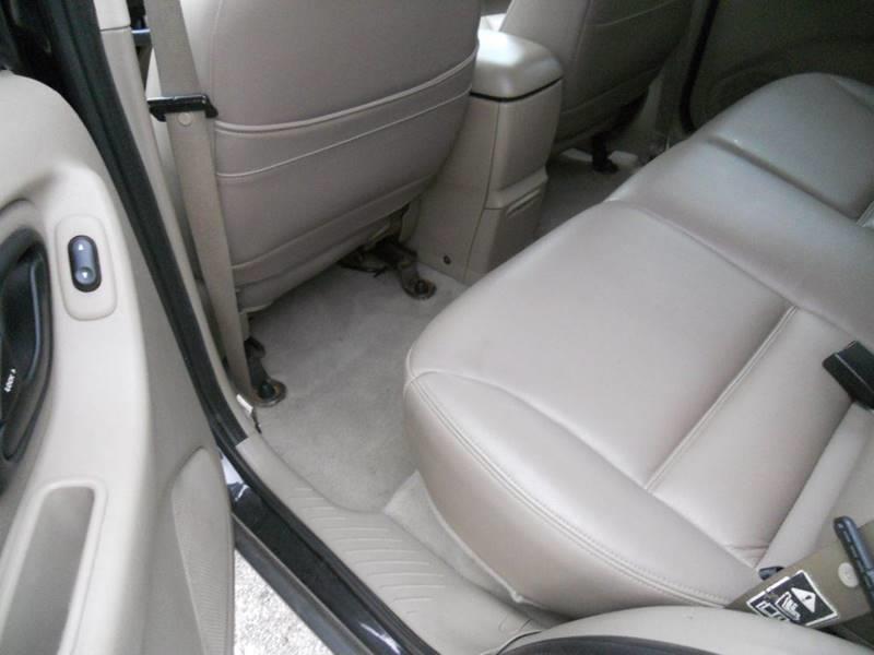 2003 Ford Escape XLT Popular 2 4WD 4dr SUV - North Benton OH