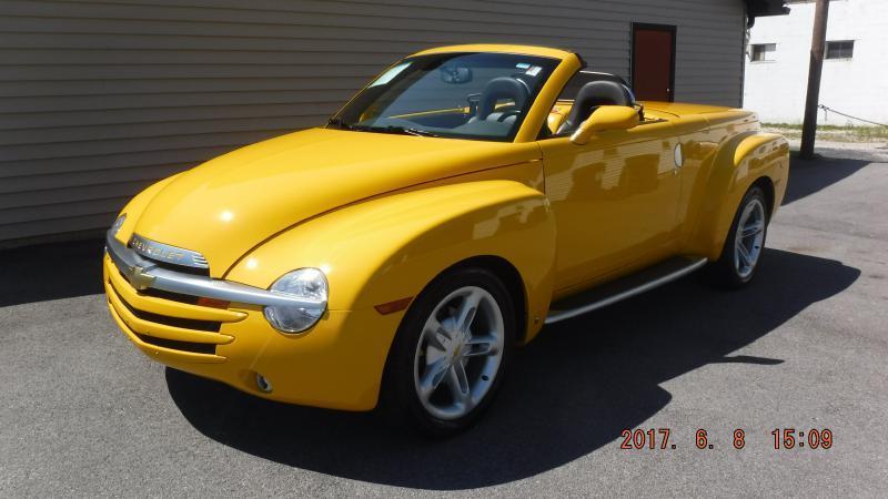 2004 Chevrolet SSR 2dr Regular Cab Convertible LS Rwd SB - Henderson KY