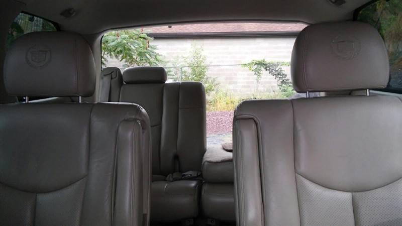 2004 Cadillac Escalade AWD 4dr SUV - Old Forge PA