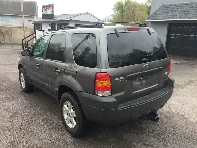 2005 Ford Escape AWD XLT 4dr SUV - Old Forge PA