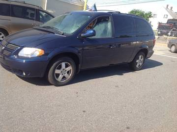 2007 Dodge Grand Caravan for sale at Allan Auto Sales, LLC in Fall River MA