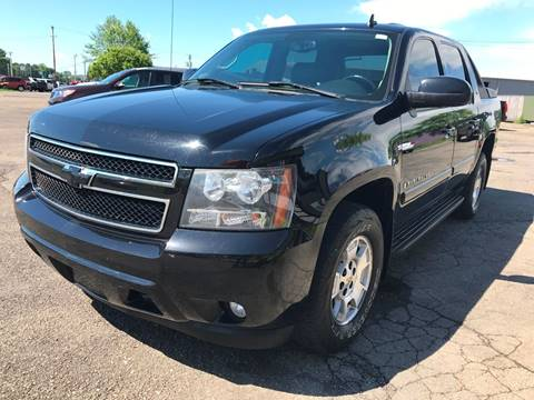2008 Chevrolet Avalanche for sale at Pop's Automotive in Cortland NY