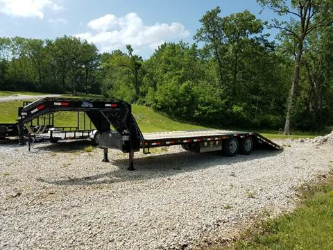 2017 Load Trail Low Pro Gooseneck Hyd. Dove for sale in Paris, MO
