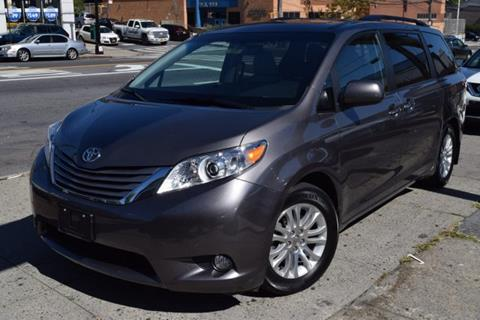 2015 Toyota Sienna for sale in Bronx, NY
