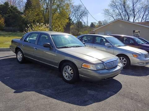 2004 Ford Crown Victoria for sale in Philadelphia, TN