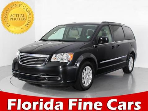 2016 Chrysler Town and Country for sale in West Palm Beach, FL