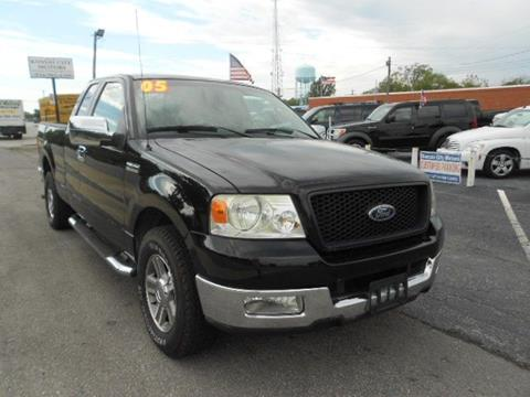 2005 Ford F-150 for sale in Kansas City, MO