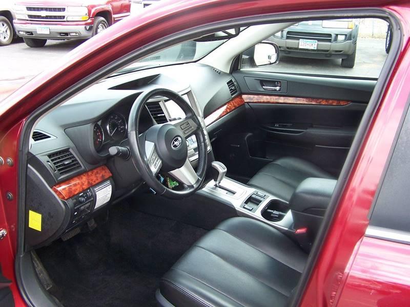 2011 Subaru Legacy AWD 2.5i Limited 4dr Sedan CVT - Savage MN