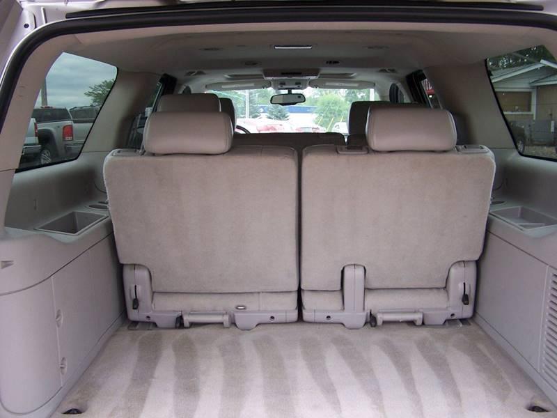 2007 Chevrolet Suburban LT 1500 4dr SUV 4WD - Savage MN