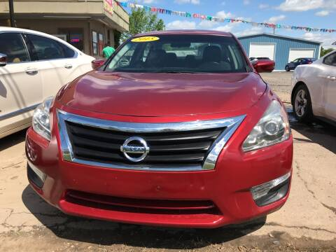 2015 Nissan Altima for sale at BEST AUTO SALES in Russellville AR