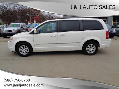 J And J Auto Sales >> Minivan For Sale In Warren Mi J J Auto Sales