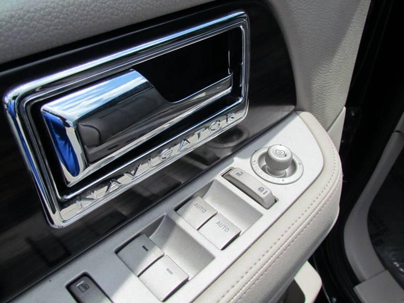 2007 Lincoln Navigator Luxury 4dr SUV 4WD - Fredericksburg VA