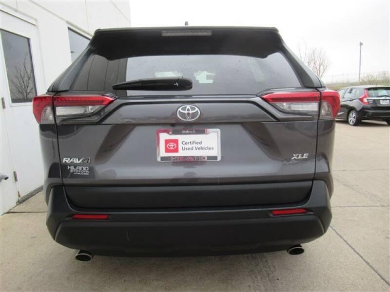 2019 Toyota RAV4 XLE (image 35)