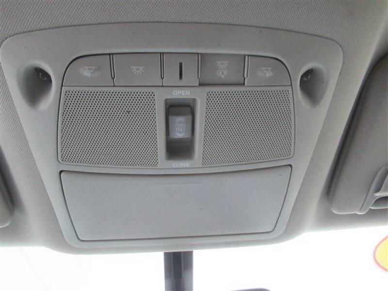 2015 Nissan Murano Platinum (image 12)