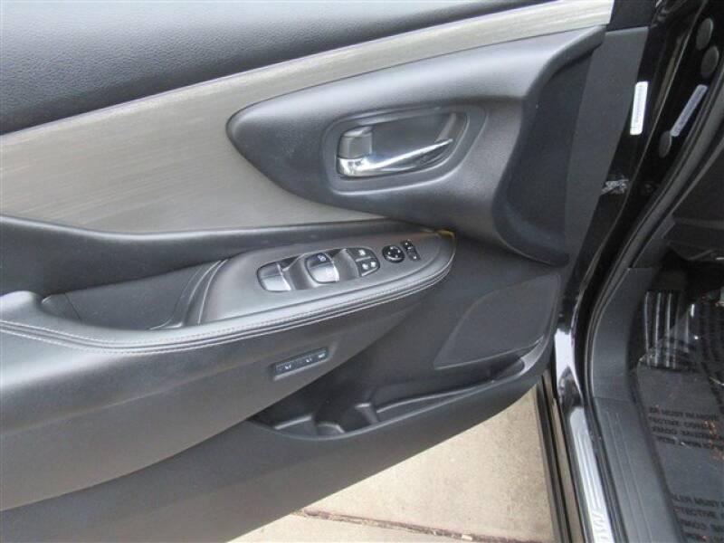 2015 Nissan Murano Platinum (image 9)