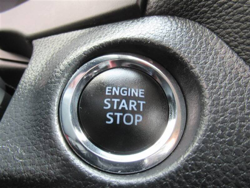 2019 Toyota RAV4 XLE (image 23)